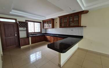 4 bedroom house for sale in Nyali Area