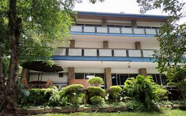 Commercial property for rent in Lavington