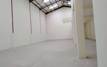 10000 m² warehouse for rent in Mombasa Road