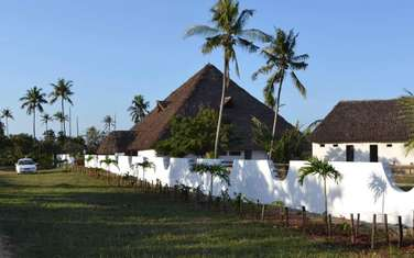 Furnished 10 bedroom house for sale in Nyali Area