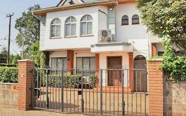 4 bedroom townhouse for sale in Rhapta Road