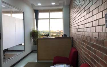 260 m² office for rent in Brookside