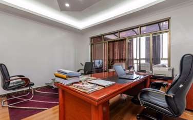 920 m² office for rent in Kilimani