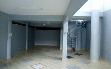 3000 ft² warehouse for rent in Mkomani