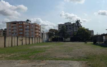 5 ac commercial land for sale in Bamburi