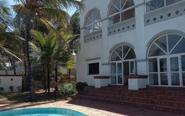 3 bedroom villa for sale in Bofa