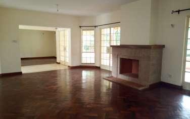 5 bedroom villa for rent in Rosslyn