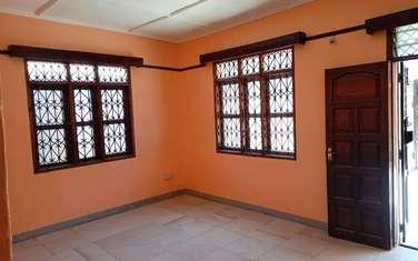 4 bedroom house for rent in Bamburi
