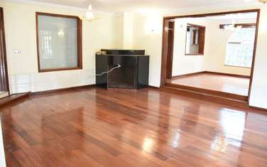 5 bedroom townhouse for rent in Old Muthaiga