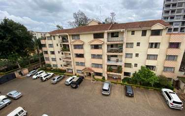3 bedroom apartment for rent in General Mathenge