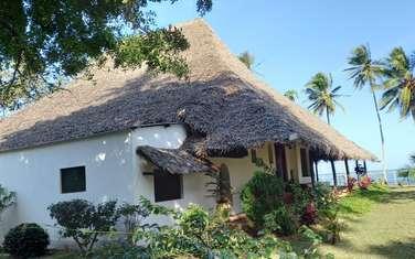 3 bedroom villa for sale in Kikambala