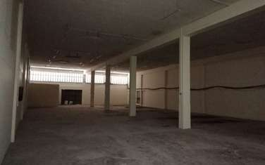 650 m² warehouse for rent in Industrial Area