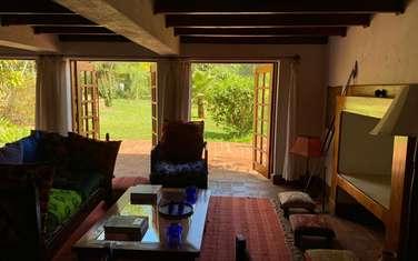 4 bedroom villa for rent in Rosslyn
