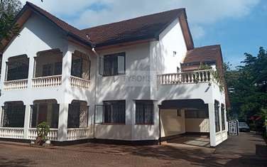 6 bedroom house for rent in Lavington