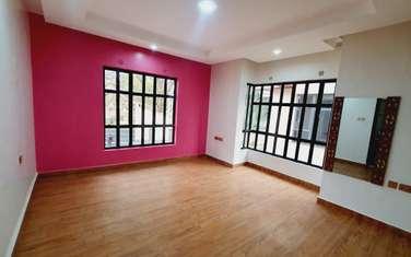 4 bedroom villa for rent in Lavington