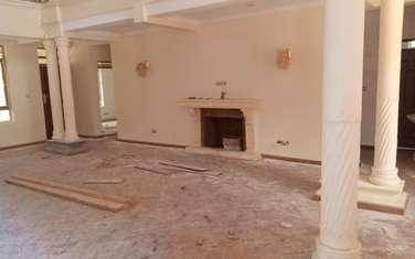 6 bedroom villa for sale in Sub zone