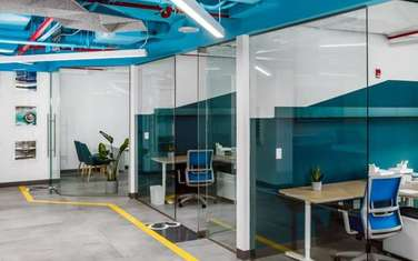 93 m² office for rent in Riverside