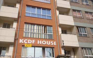 633 ft² office for rent in Pangani