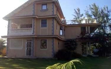 Furnished 4 bedroom house for sale in Kikambala