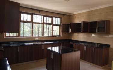 6 bedroom house for rent in Kitisuru