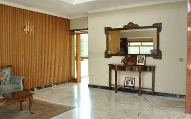 8 bedroom villa for sale in Lavington