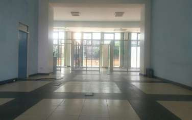 335 m² office for rent in Westlands Area