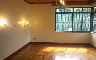5 bedroom house for rent in Nyari