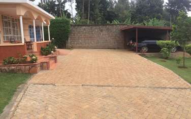 Commercial land for sale in Thindigua