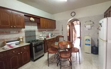 Furnished 4 bedroom townhouse for rent in Rhapta Road