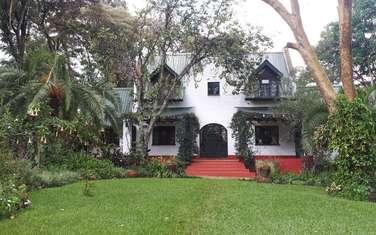6 bedroom house for sale in Ridgeways