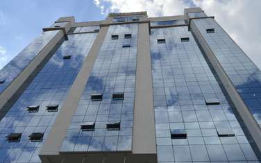 4000 ft² office for rent in Parklands