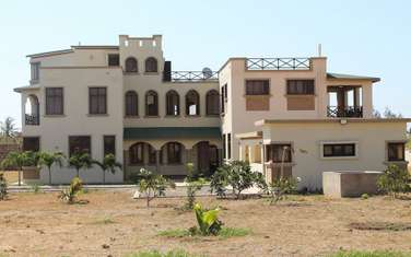 6 bedroom house for sale in vipingo