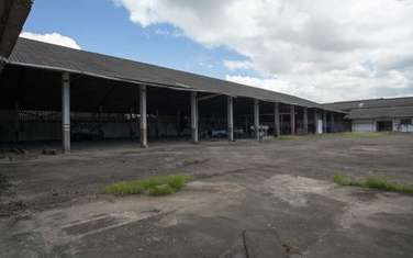 376 m² commercial property for sale in Ganjoni