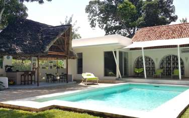 6 bedroom house for sale in Malindi Town