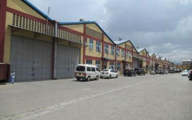 650 m² warehouse for rent in Athi River Area