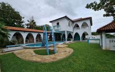 6 bedroom house for rent in Nyali Area