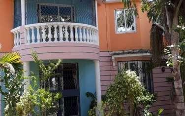8 bedroom villa for rent in Nyali Area