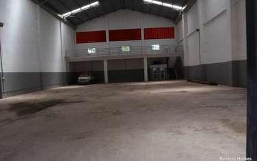 6000 ft² warehouse for rent in Mtwapa