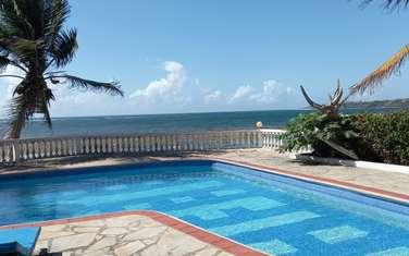 Furnished 3 bedroom villa for rent in Bofa