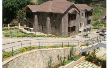 Furnished 5 bedroom house for sale in Spring Valley