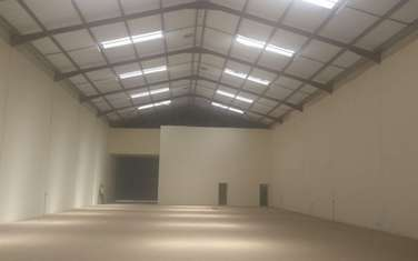 860 m² warehouse for rent in Ruiru