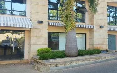 104 m² shop for rent in Riverside