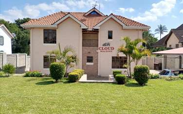 Furnished 5 bedroom house for rent in Runda