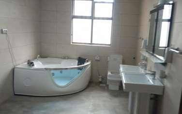 6 bedroom villa for rent in New Kitusuru