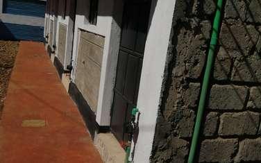 Bedsitter for rent in Ruaka