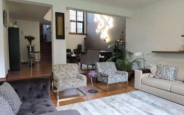 Furnished 5 bedroom villa for sale in Kyuna