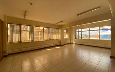 1100 ft² office for rent in Ngara