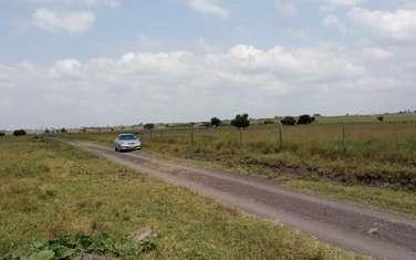 10 ac land for sale in Kisaju