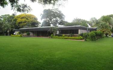 4 bedroom villa for rent in Old Muthaiga