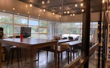 301 m² office for rent in Riverside